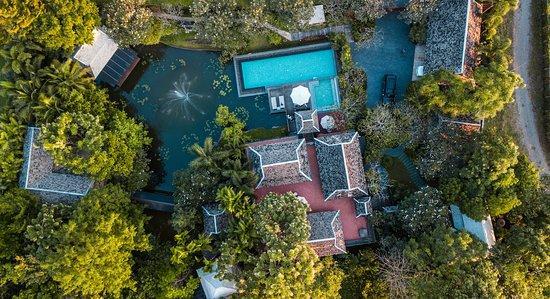 Baansuwanburi: Top View