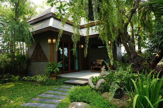 Baansuwanburi: Baan Bunnag (Villa)