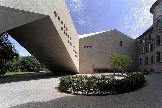 Entrada al Museo Nacional Suizo en...