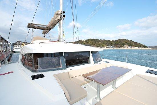Setouchi Yacht Charter: Deck image