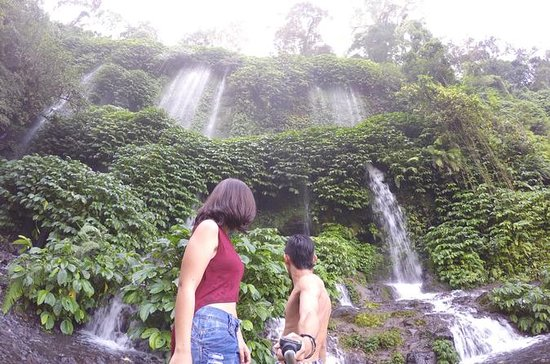 Lombok Cachoeiras incríveis Trekking no...