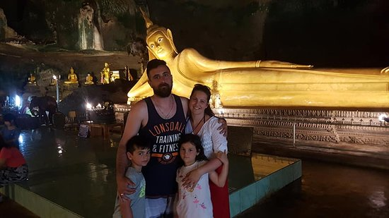 Suwana Khuha cave Phang nga