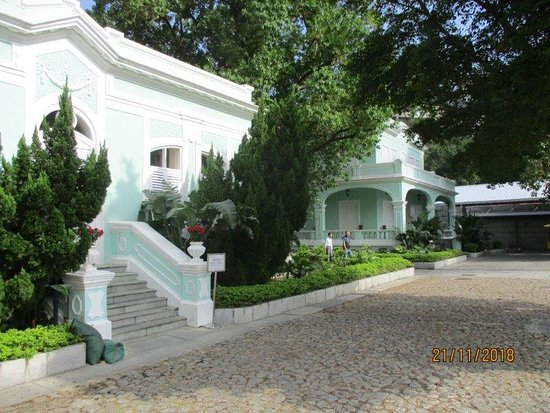 The Taipa Houses Museum: two of the other houses, but not open for visitors