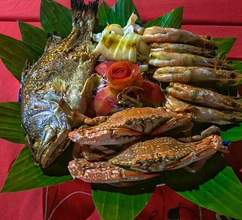 CC Beach Bar and Restaurant: seafood