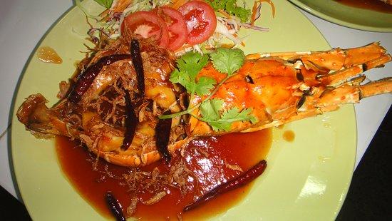 CC Beach Bar and Restaurant: Lobster