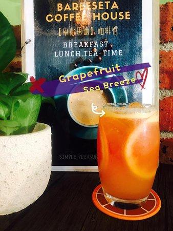"""Grapefruit Sea Breeze"" make you feel it Ipoh Havanna Oh la la ~~~~"
