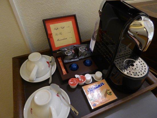 Плата за чай и кофе по 1,9 евро за одно использование...