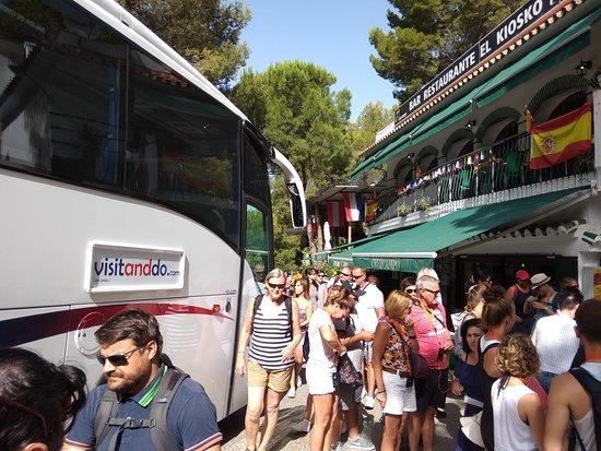 El Caminito del Rey: At El Kiosko, we left the coach to start walking