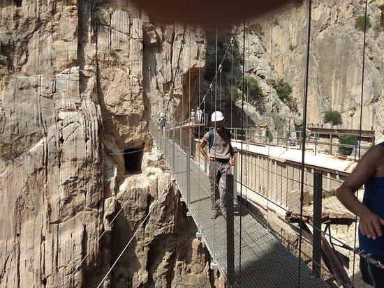 """El Caminito del Rey: Passing the """"pasarela colgante"""""""