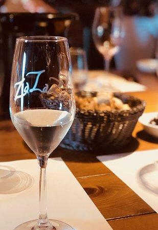 Private Peza Wine Tour: Za Za Zu and some great wine nibbles
