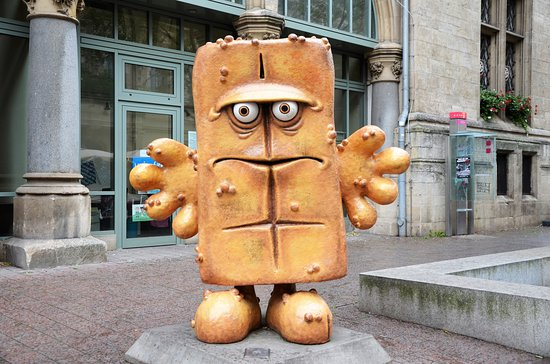 "Skultur ""Bernd das Brot"""