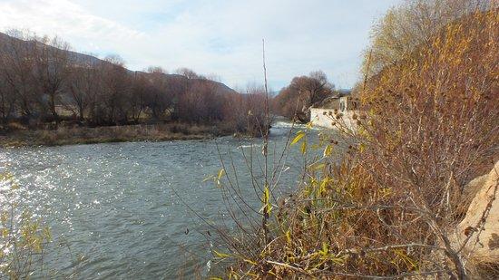 Stream along Tatev road