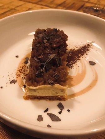 Carte de Novembre - Tarte sablée et mousse aux marrons d'Ardèche, copeaux de chocolat