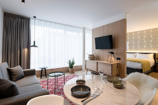 Very Compact Living Space But Comfortable Nevertheless Review Of
