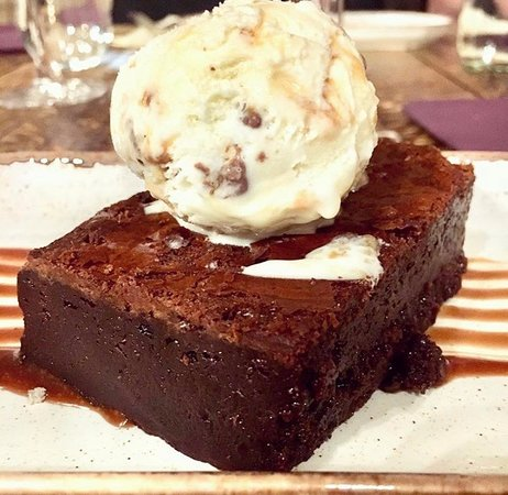 Chocolate Brownie - Caramel & Honeycomb Ice Cream