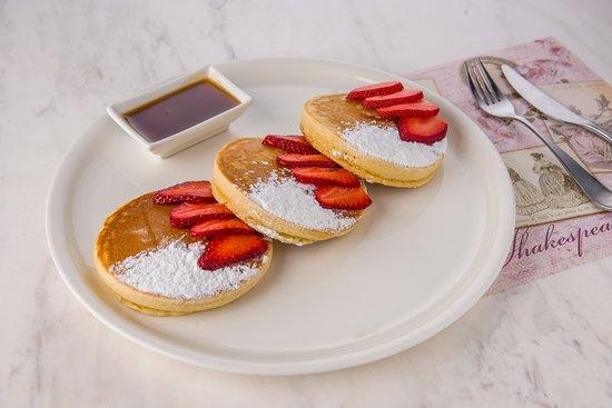 Shakespeare and Co.: Pancake