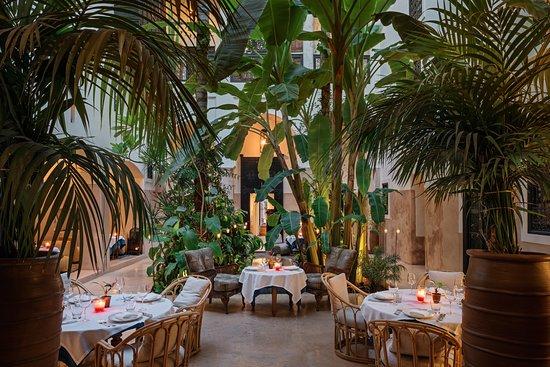 Patio la Table du Riad (362904196)