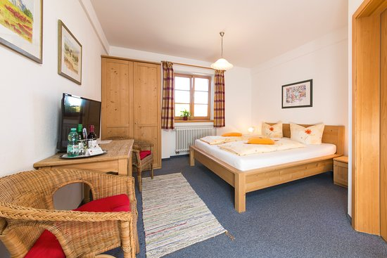 Miesbach, Germany: Doppelzimmer/ Double room