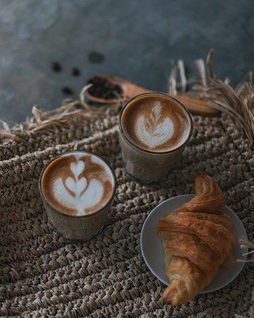 Sendok Warung Canggu: Don't forget to get your coffee