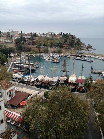Limanın hoş görüntüsü