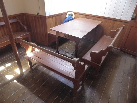 Museumship Pommern: officer's mess
