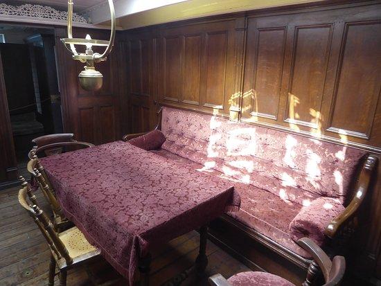 Museumship Pommern: captain's saloon