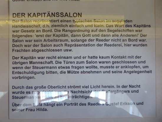 Museumship Pommern: information boards in four languages, also German