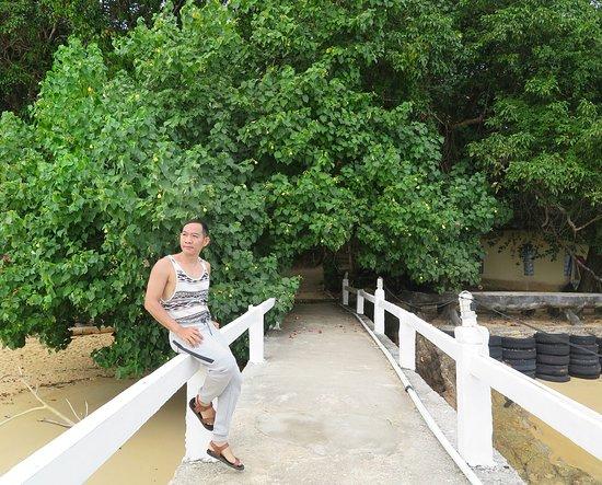 Wat Ko Phayam