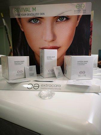 Lote de productos de una de nuestras firmas cosméticas.
