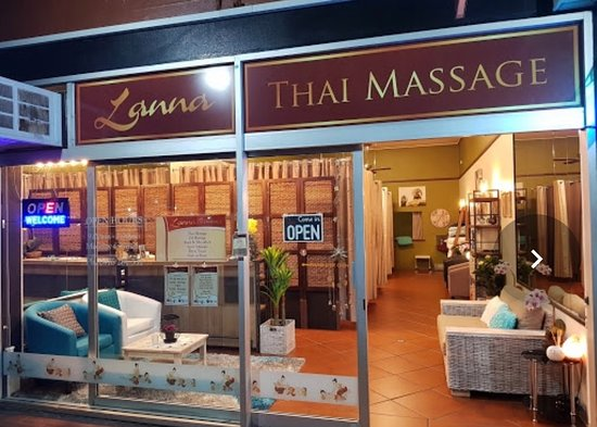 ‪Lanna Thai massage‬