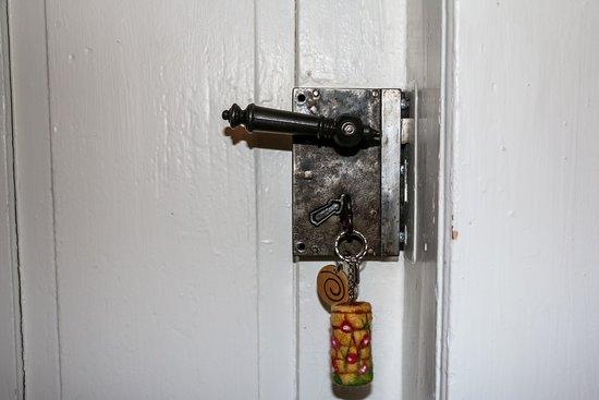 Historische Türen lassen die Cyberwelt draußen.