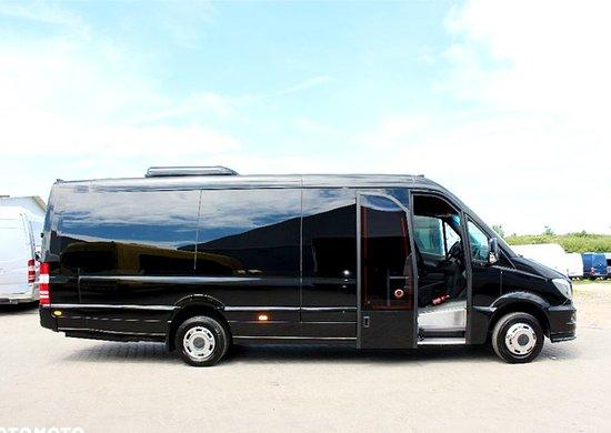 Business Minibus - Mercedes Sprinter - 8rental.com