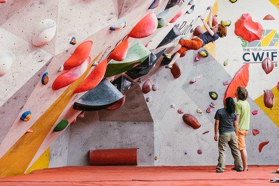 Sheffield, UK: Indoor climbing