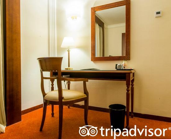 The Executive Room at the Hotel El Avenida Palace