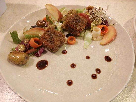 cromesquis de Herve doux - tagliatelle de carottes et panais - pommes cuites