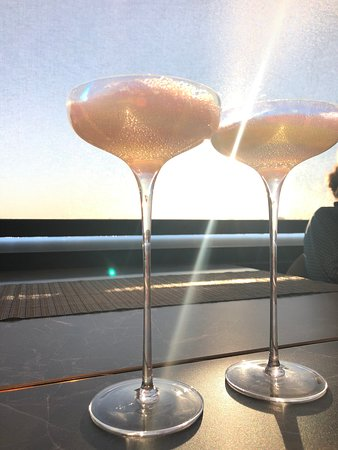 Bubble cocktail with champagne