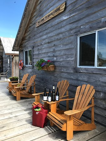 A great spot to enjoy a glass of wine and kick back after a great day of fishing.