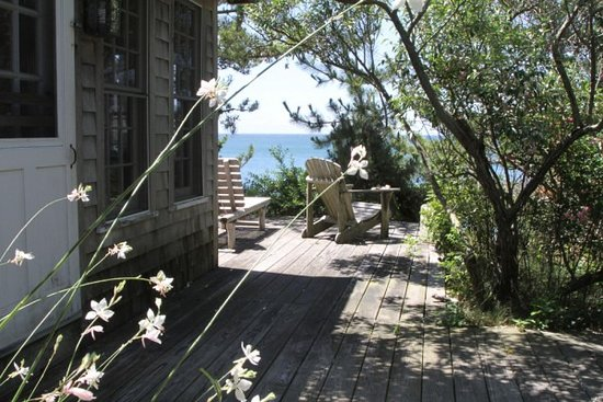 Balcony - Picture of Lis Sur Mer, North Truro - Tripadvisor