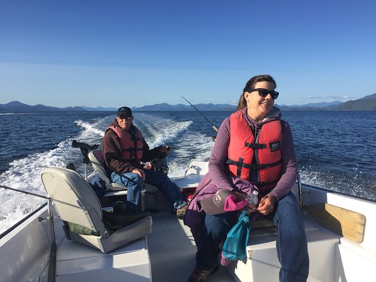 Hakai Lodge: Fantastic self guided fishing. With our calm waters we fish and close proximity to the fishing hot spots it is easy to fish on your own. We provide a full orientation on fishing our area plus a boater safety course and bait cutting demostration.