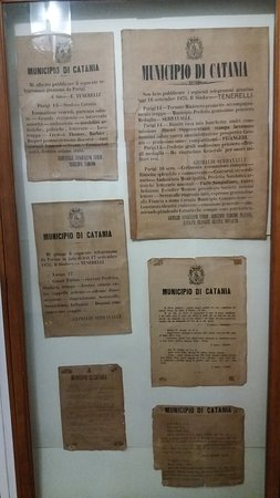 Museo Civico Belliniano: Necrologi