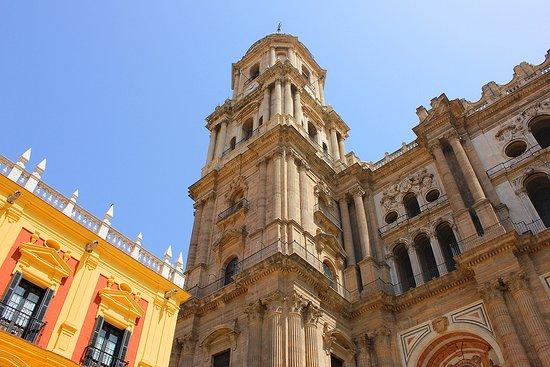 Mira Mira: La cathédrale de l'Incarnation
