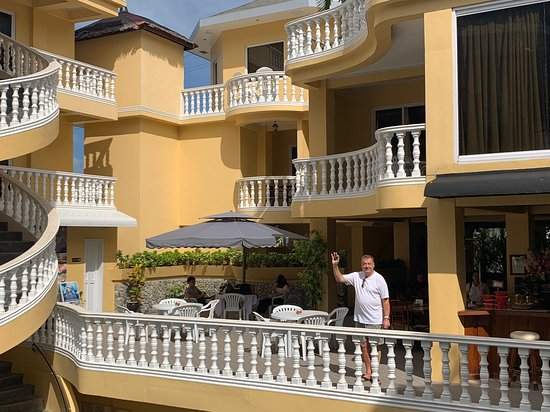 "Mermaid Resort: Owner Torben wave goodbye. But like Arnold said ""I'll be back"""