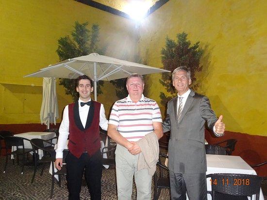Restaurante Do Forte: С метром Паолой и нашим мальчиком на память
