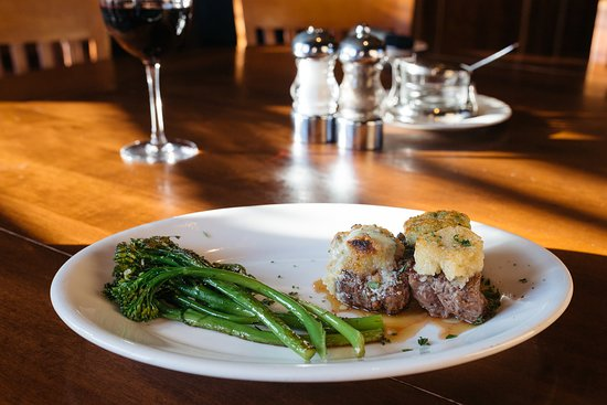 Johnny's Filet Medallion Trio with Broccolini