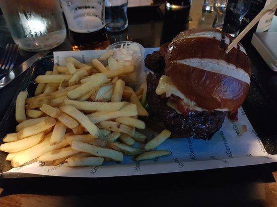 Mc Gettigans burger