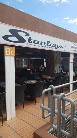 Stanley's Sports & Cocktail Bar