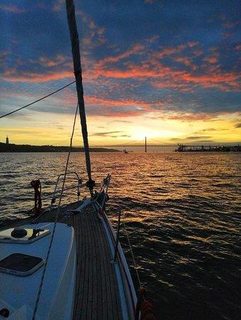 Sailling Sunset