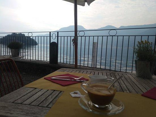 Sala Comacina, Italie : I have never had such peace! Sooo beautiful!