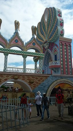 Сьенфуэгос, Куба: Las Parrandas de Remedios the most former festividad in Cuba from the 18th century carry out every 24th December