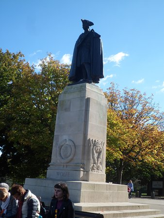‪Monumento a James Wolfe‬